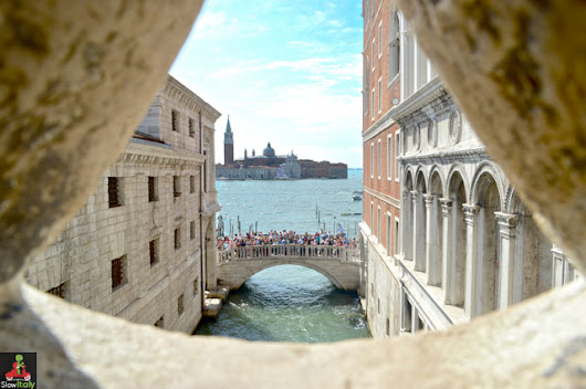 8 Venetian bridges with the most unusual names
