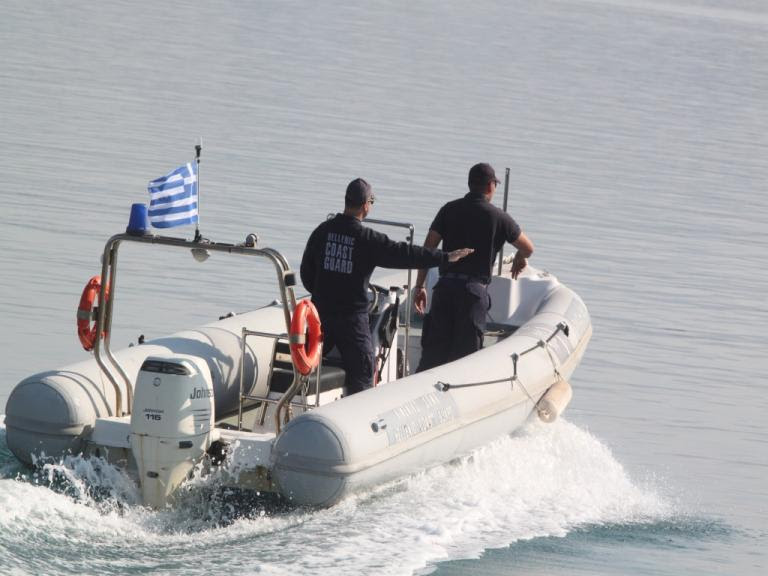 Βρήκαν νεκρό άνδρα στη μαρίνα Ζέας   Newsit.gr