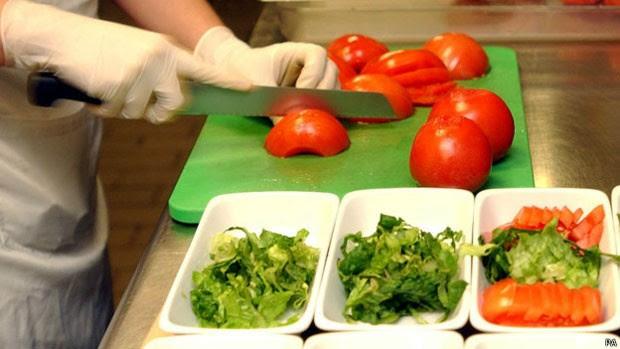 Pesquisas indicam que o tomate pode ajudar a diminuir o risco de câncer de próstata (Foto: PA)