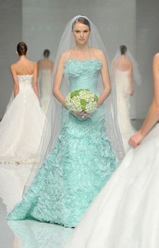 7 Beautiful Pastel Wedding Gowns
