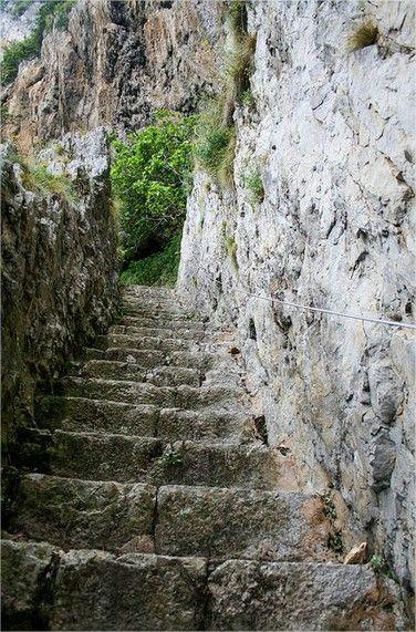 Escalones Faro de Santoña (1)