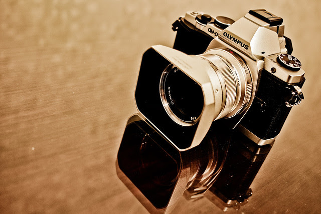 Olympus E-M5 OM-D + 12mm f/2.0 M.ZD