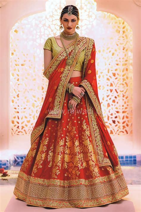 Rock your wedding function by wearing this Red bridal