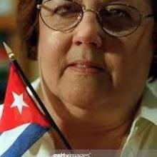 Presidenta de ForNorm, Elena Freyre, rinde tributo a Fidel Castro