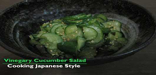 Japanese Vinegary Cucumber Salad