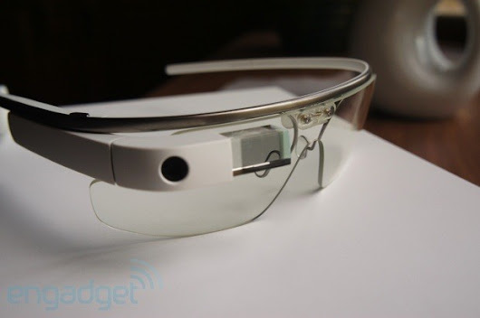 Google reportedly ramping up Glass production, prepping invite system for broader rollout