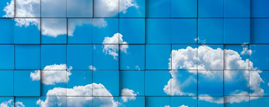 What's the best multi-cloud storage strategy for minimizing risks?