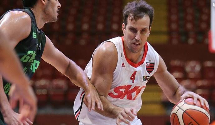 Marcelinho Flamengo Ginmasia Liga das Américas basquete (Foto: Divulgação/Fiba Américas)