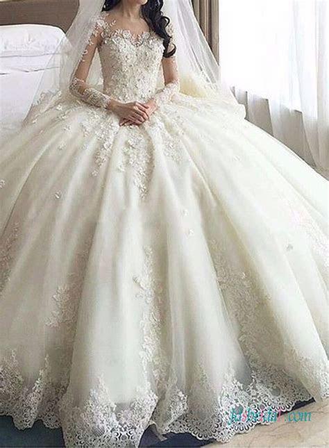 Best 25  Big wedding dresses ideas on Pinterest   Poofy