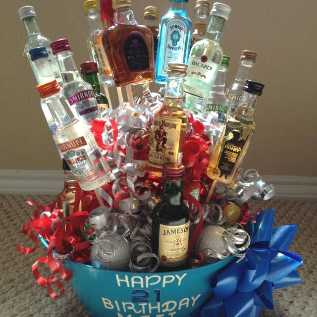 21st birthday gift ! I like the golf balls in bottom.