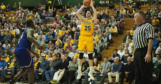 UVM aims to continue run in CBI tournament