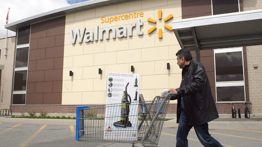Small businesses cheer on Walmart in battle with Visa, hoping for lower fees