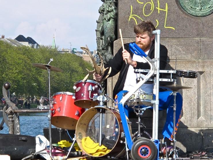 Antler drumming