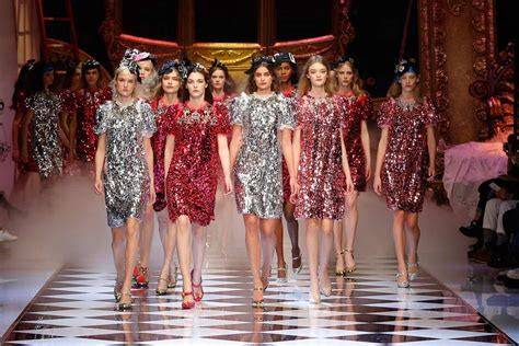 Dolce & Gabbana Fall Winter 2016 17 RTW Collection Review