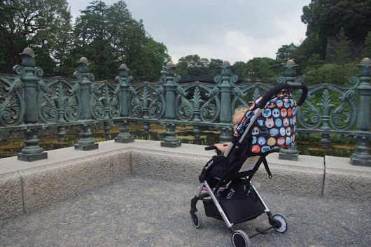 Famildoo Air Stroller Review: the perfect compact travel stroller? - Wandermust Family