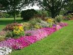Natural Stimulation of Garden Flower Beds - Home Design Ideas