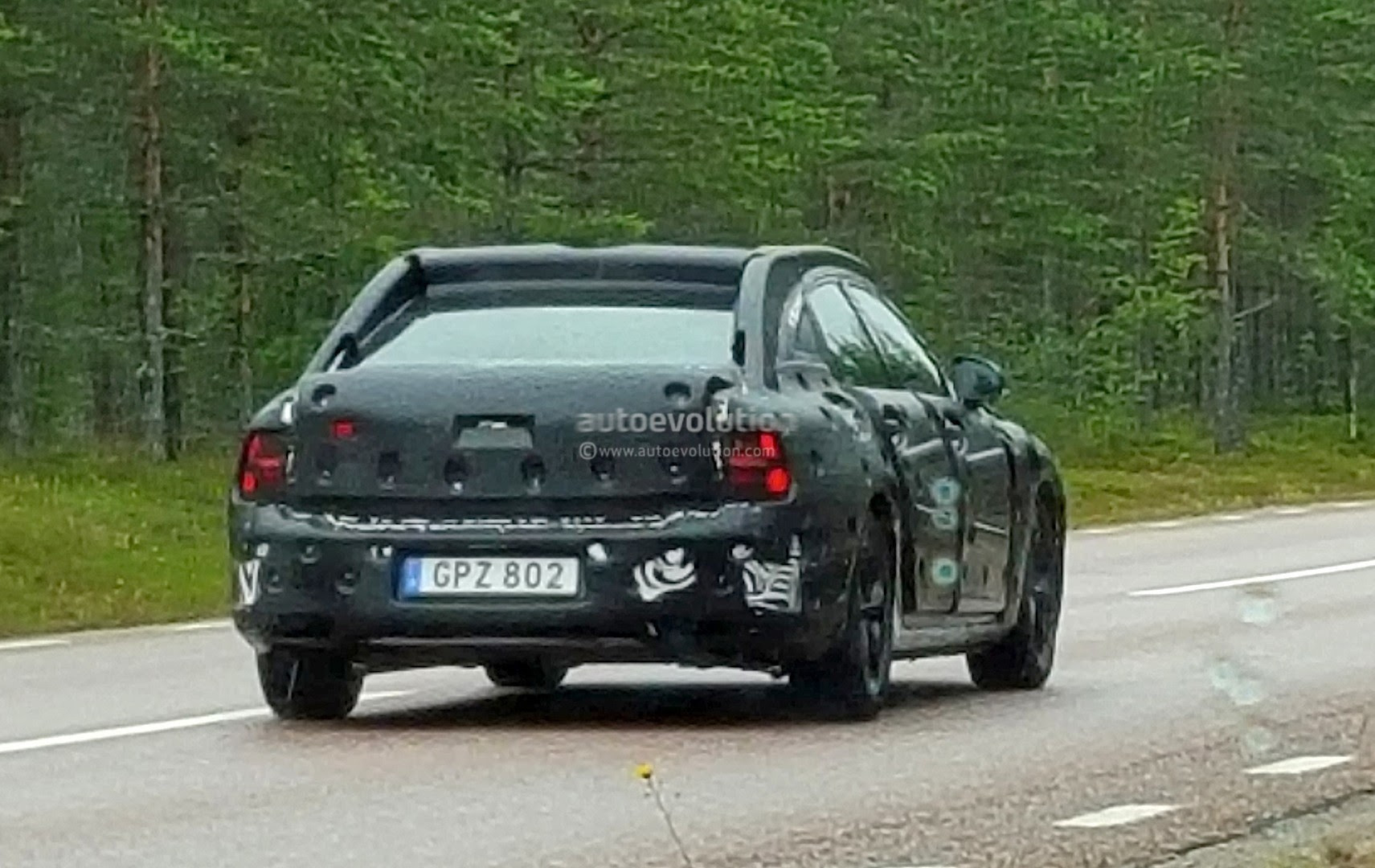 2017 Volvo S90 Spied as Swedish Carmaker Works to Make It More ...