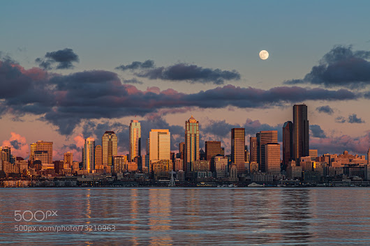 The Moon Rises Over Seattle
