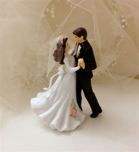Vintage Wedding Cake Topper   Romantic Dancing Bride and