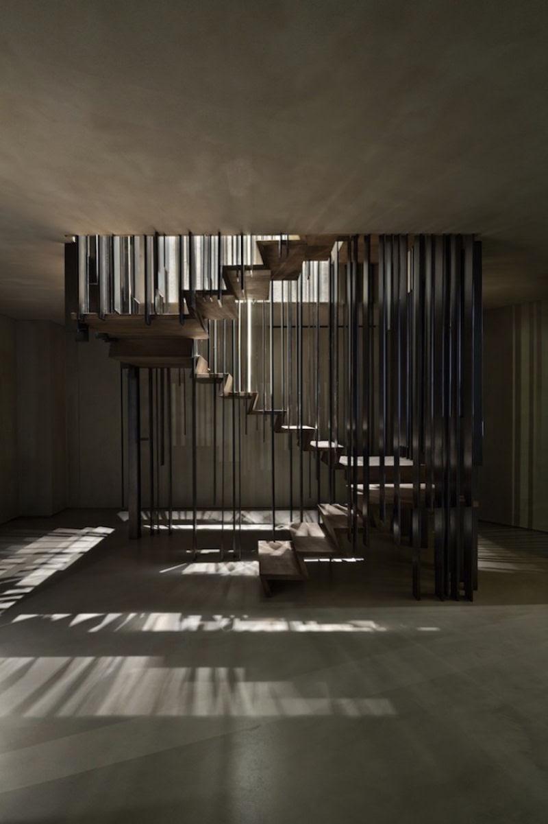 Escadas incrivelmente projetadas que estão um degrau acima das demais 02