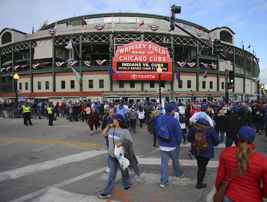 Fan dies a day after falling over Wrigley Field railing