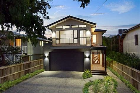 narrow lot garage houses   rental property ideas