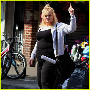 Rebel Wilson Wears a Sweater in 90-Degree NYC Heat