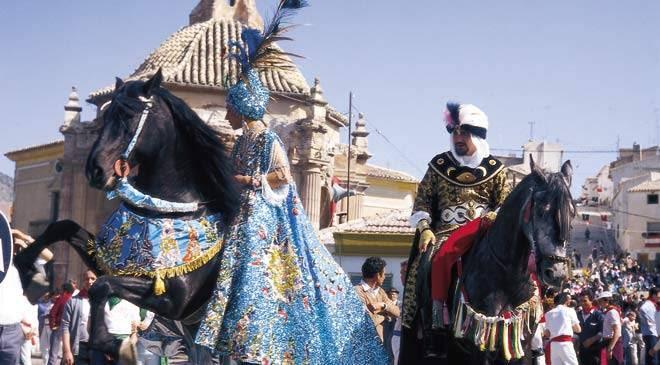 Resultado de imagen de Fiestas de la Santísima y Vera Cruz