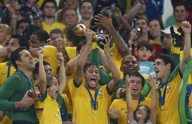 Brasil goleia, acaba com a invencibilidade da Espanha e é tetracampeão (Brasil goleia, acaba com a invencibilidade da Espanha e é tetracampeão (Brasil goleia, acaba com a invencibilidade da Espanha e é tetracampeão (Kai Pfaffenbach/Reuters)))