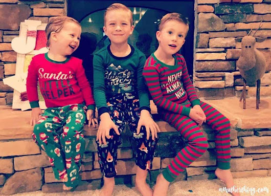 A Holiday Tradition with Kohl's Carter's Jammies