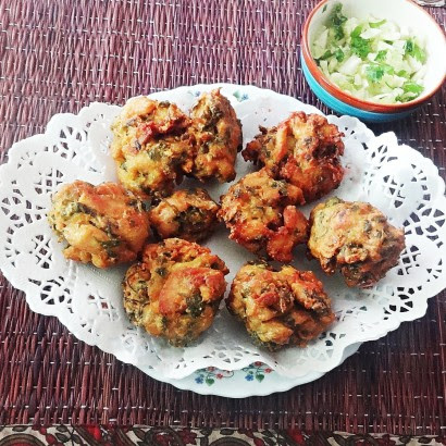 Chicken pakora recipe - Indian masala chicken nuggets
