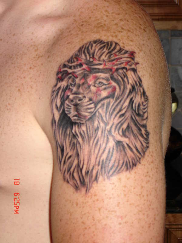 Lion With Crown Of Thorns Tattoo Rate My Ink Picture Tattoomagz