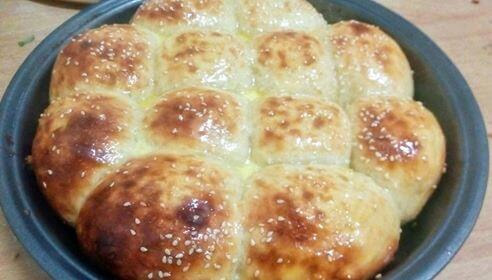 Best, Fluffy, Soft, and Easy Homemade Dinner Rolls Recipe