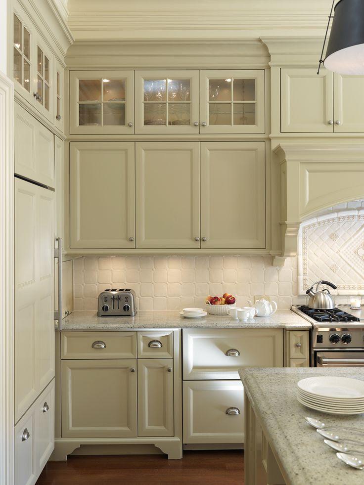 kitchen (glass cabinets on top) | home | Pinterest