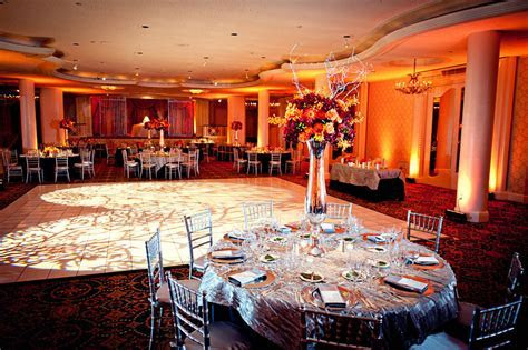 Omni Shoream wedding.   Davinci Florist