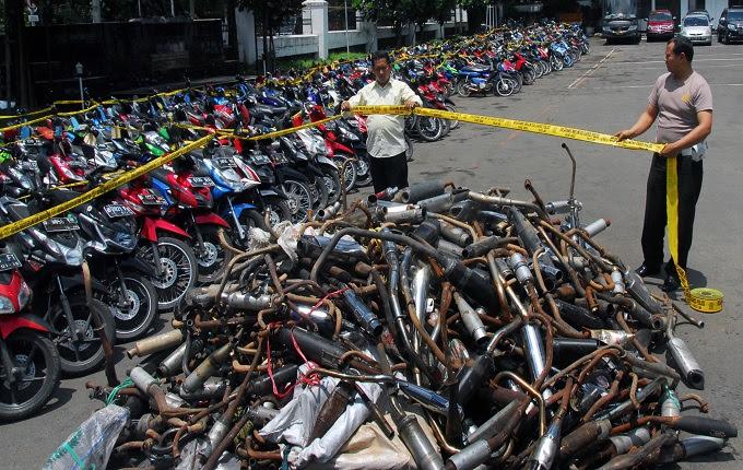 Berangkat dari sebuah bengkel di tempat Lebak Bulus berjulukan Elders Garage Tunggangan Besi Jokowi Terkesan Lawas Namun Trendy, Tapi Awas Ada Peraturan Menanti