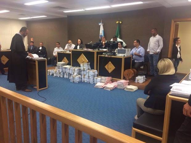 Advogado de defesa fala no último dia do julgamento da Viúva da Mega Sena (Foto: Rildo Herrera / Inter TV)