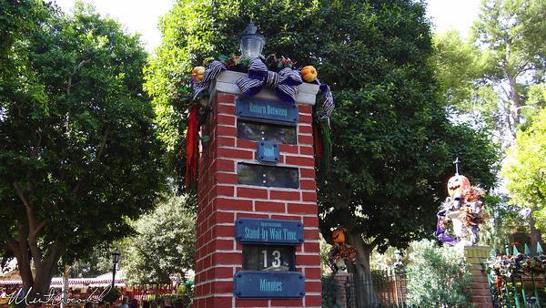 Disneyland Resort, Disneyland, Haunted Mansion Holiday