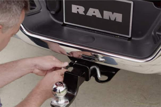 RAM Trucks - Towing Basics - Load & Connect