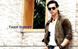 Tiger Shroff Hd Wallpapers Free Wallpaper Downloads Tiger Shroff