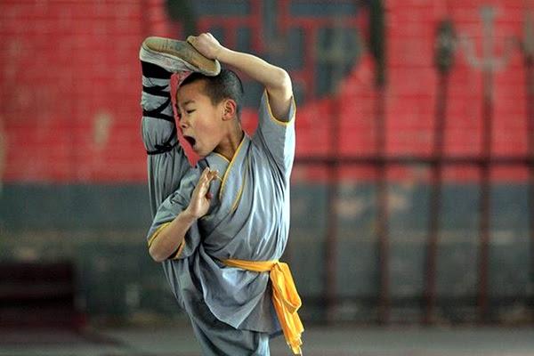 Shaolin monk Martial Art Demonstrations (36)