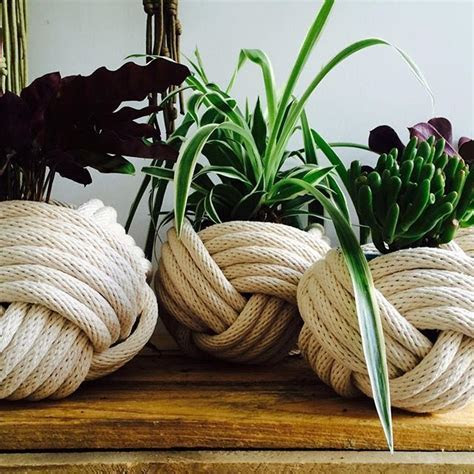 25  best ideas about Nautical Knots on Pinterest   Rope