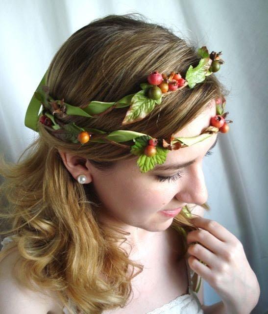 rosetti - a whimsical woodland wreath