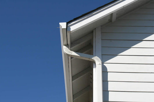 Common Problems with Aluminum Siding in Michigan