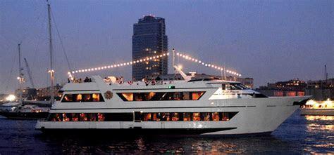 Royal Princess Luxury Yacht Charter   NY Boat Charter