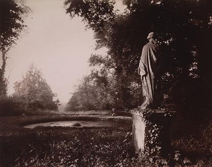 By Eugene Atget, Parc de Sceaux, 1925