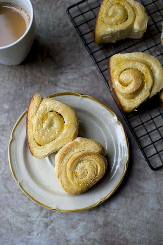 Apricot Sweet Rolls for #BreadBakers - Cook's Hideout