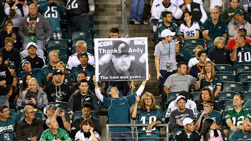 Please use this as your OPEN THREAD for today's #PHIvsKC matchup!  Welcome to game day! The 1-0 Kansas...