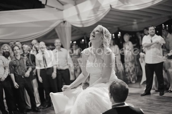 http://i892.photobucket.com/albums/ac125/lovemademedoit/GN_ladybugwedding_049.jpg?t=1296474106