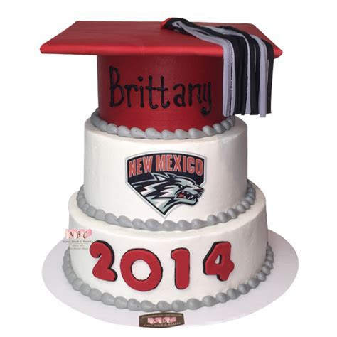 (1641) UNM Lobo Cap Graduation Cake   ABC Cake Shop & Bakery